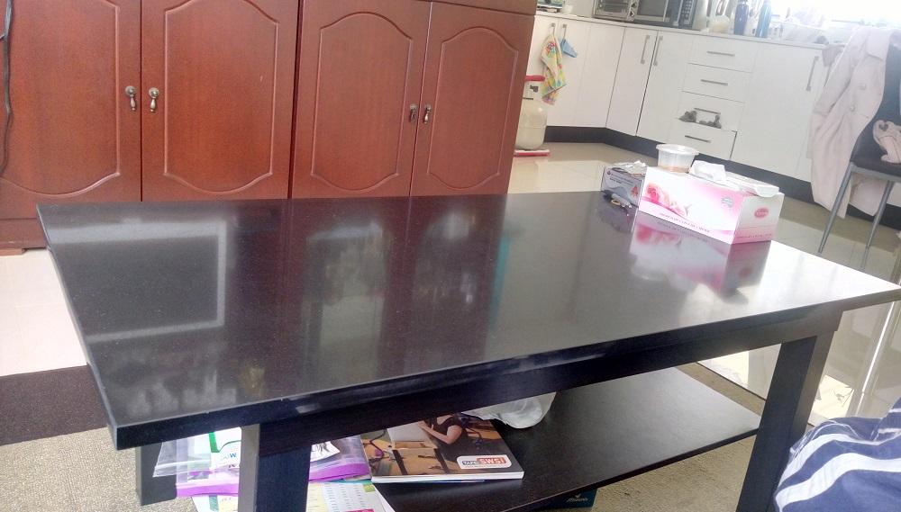 Quartz Table Tops